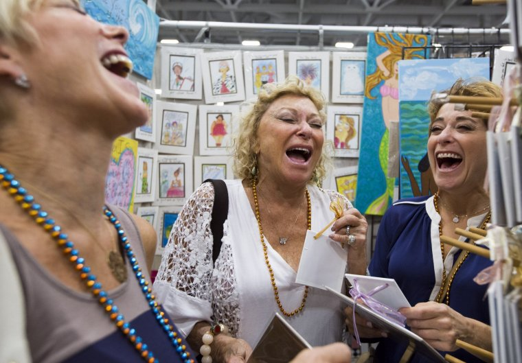 Artists show off their work indoors at neptune for Craft shows in hampton roads