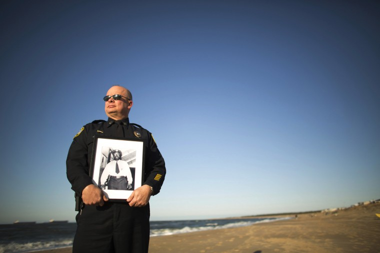 Memory of fallen Va. Beach police officer revived | HamptonRoads