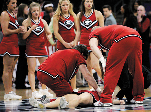 cheerleading injuries A review of available data shows that not only are cheerleading injury rates much lower than have been reported in the media, catastrophic injuries are on a steep decline over the last 5 years.