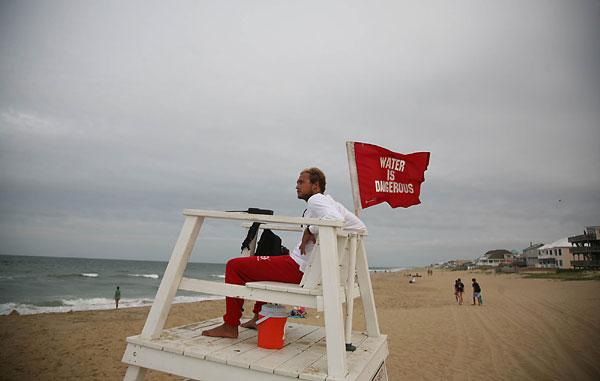 virginia beach lifeguard jobs
