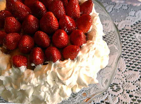 recipe for annette hudson 39 s pineapple cake strawberry