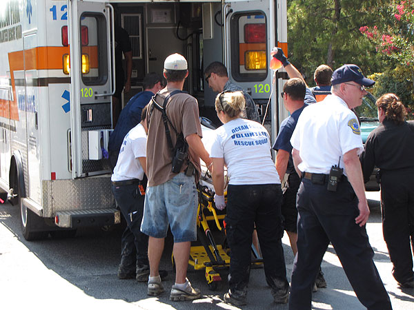 Virginia Beach police, fire and EMS officials helped free a girl's leg from ...