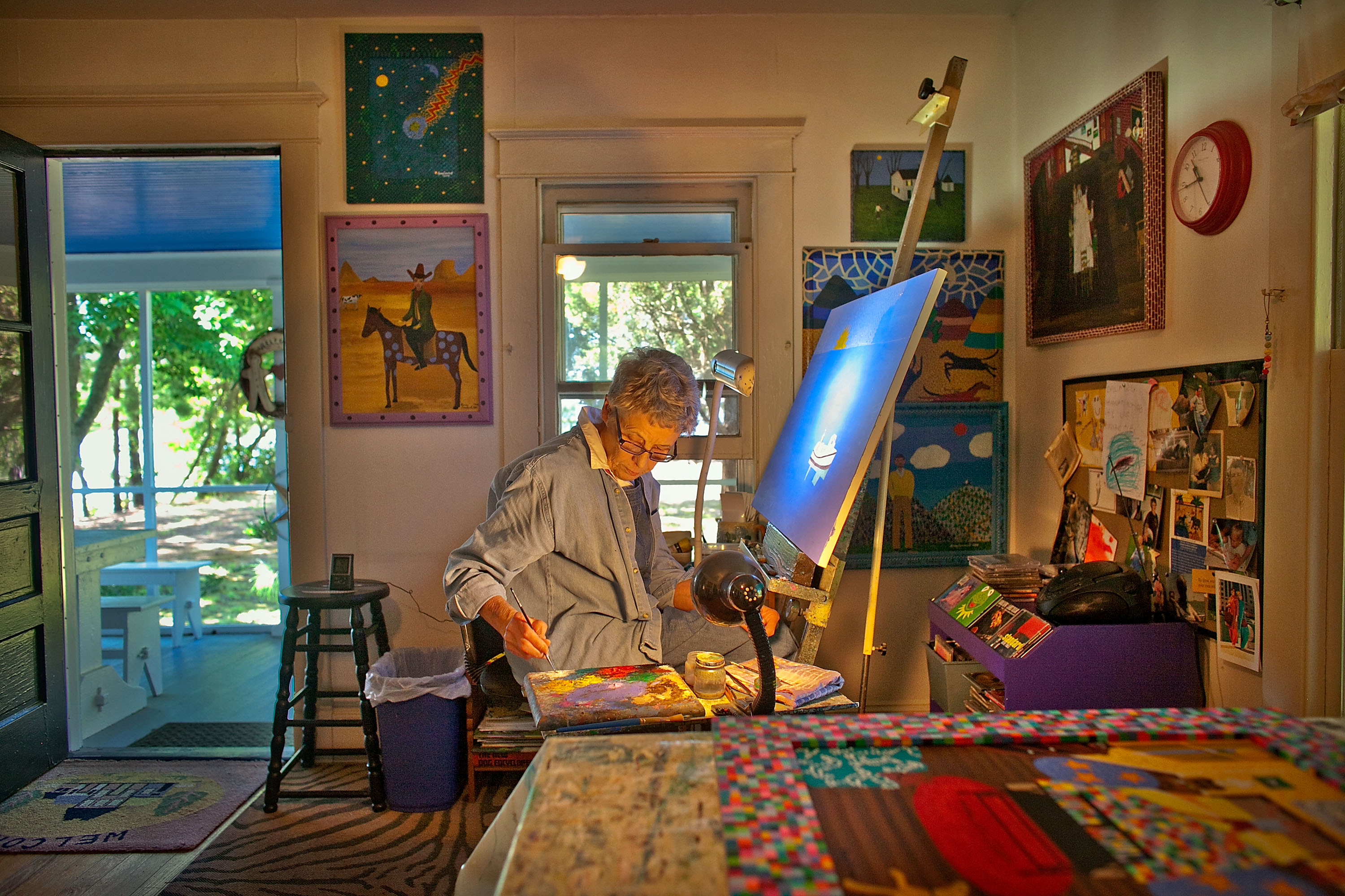 Two distinctly different artists share a common bond - Home art studio ...