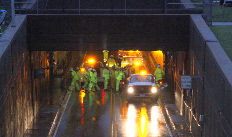 Midtown Tunnel Flooded The Midtown Tunnel Ahead